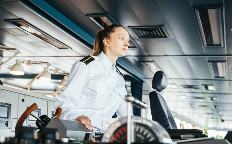 Radical changes required to ensure future-proof training and education for maritime professionals